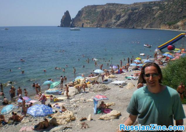 12-fiolent_beach