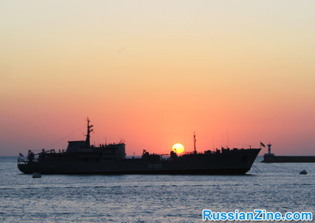 sunset_ship