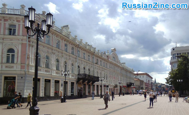 Bolshaya-Pokrovskaya-Walking-Street-2