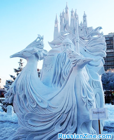 Ice-and-Snow-Sculptures-2